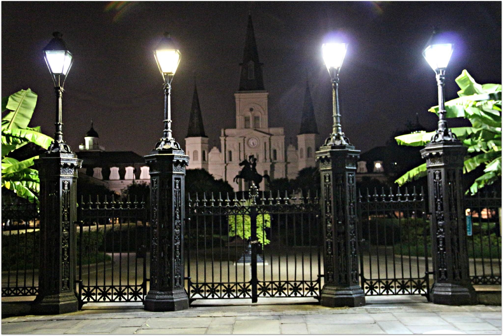 Jackson Square Gates 600am