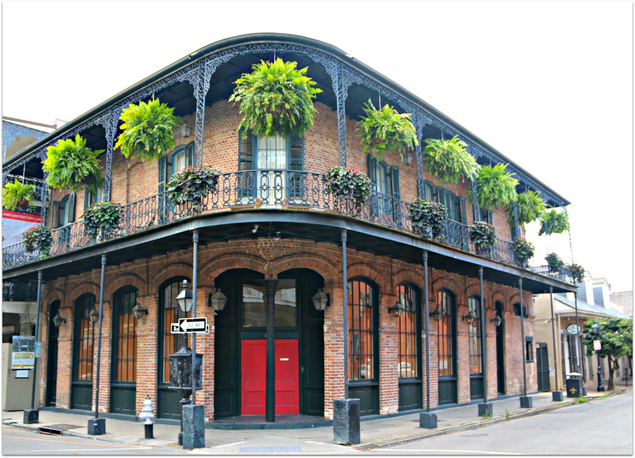 French Quarter Corner,Red Door