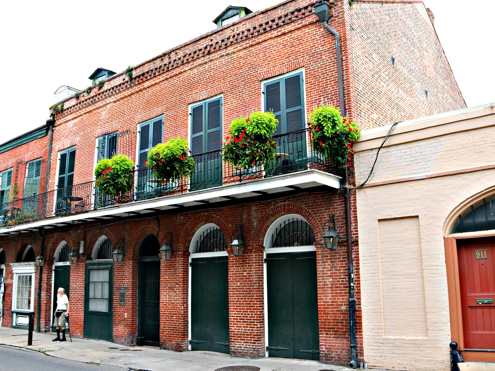 Creole Townhomes In New Orleans French Quarter New
