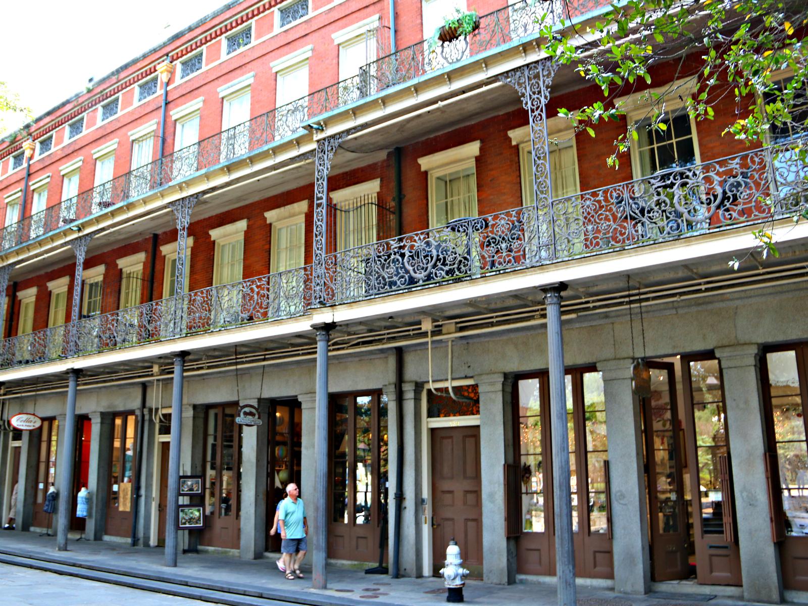 the pontalba apartments at jackson square french quarter