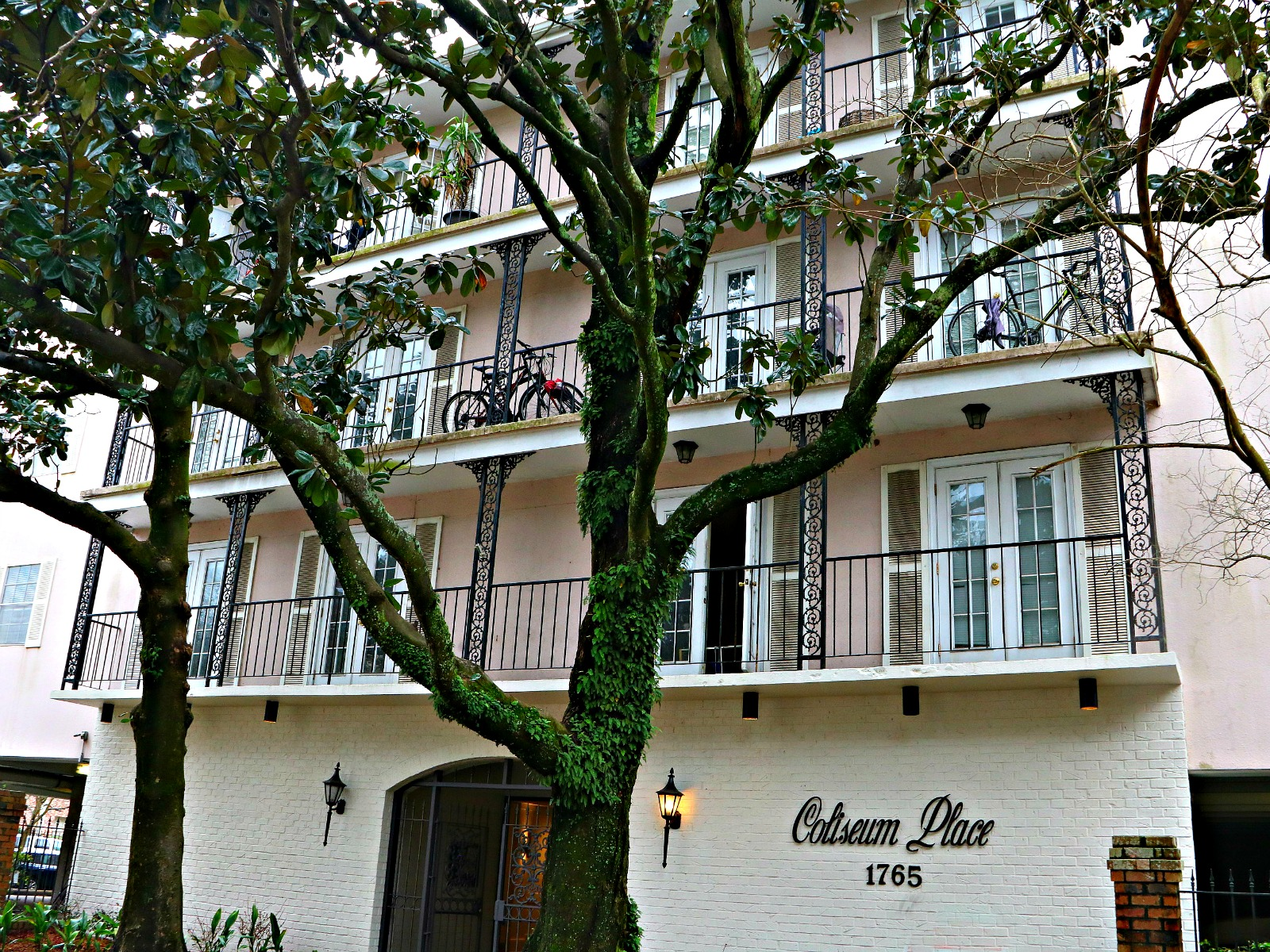 Coliseum Place Condos in Lower Garden District of New Orleans